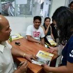 Mayor ReyCat Visits the Last Hour of Renewing Business Permit